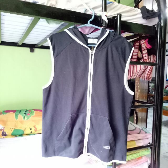 Giordano Vest With Hood