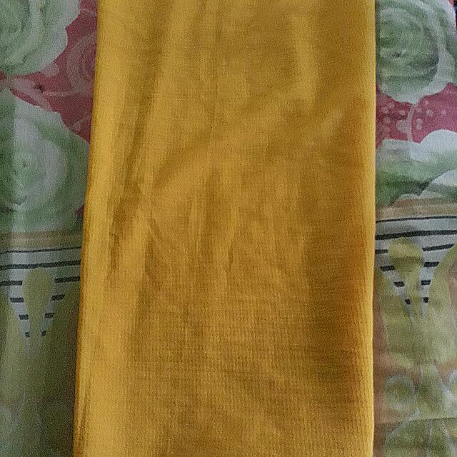 Jilbab Instan Warna Kuning