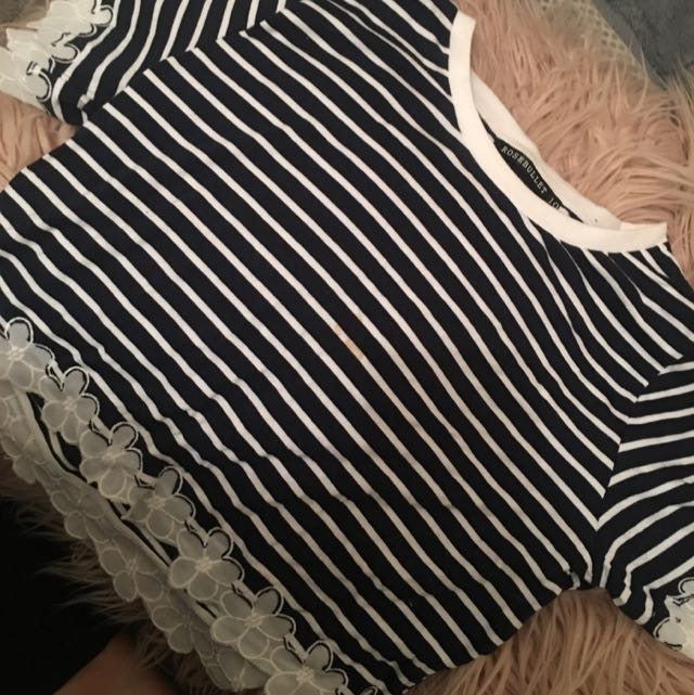 Lace Stripe Crop