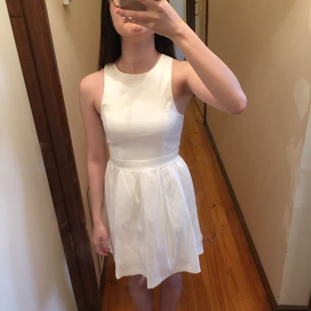 Mossman dress size 6