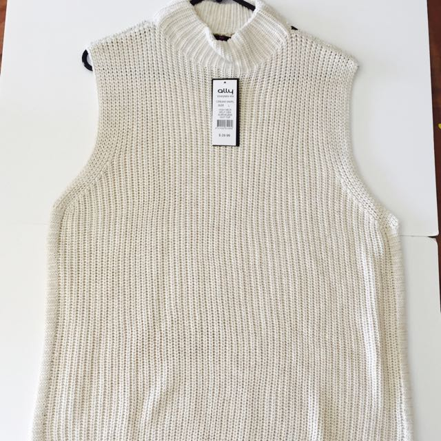 New With Tags Ally Fashion Cream Sleeveless Knit Size L