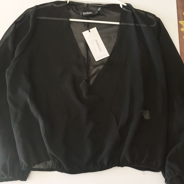 New With Tags BOOHOO Plus Black Chiffon Long Sleeve Top Size 20