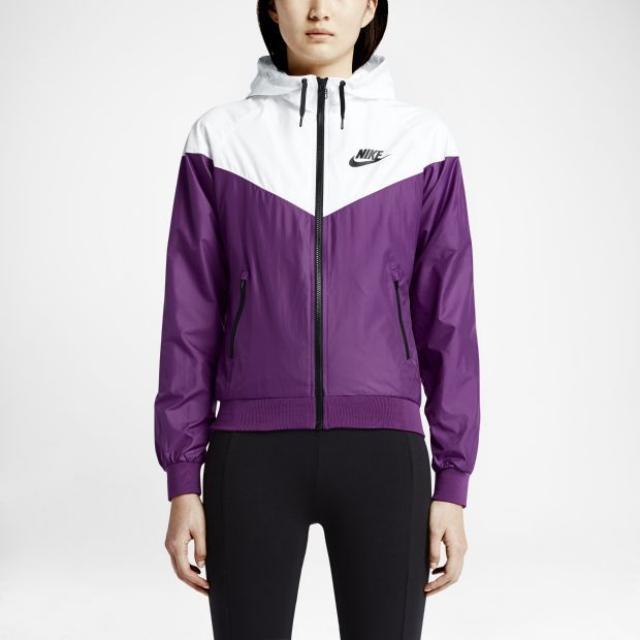 Nike Windbreaker Size Medium
