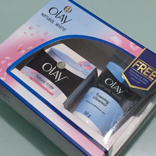Olay Natural White Pinkish Fairness Whitening Cream SPF 24 (25g) + Olay Natural White Facial Wash (50g)