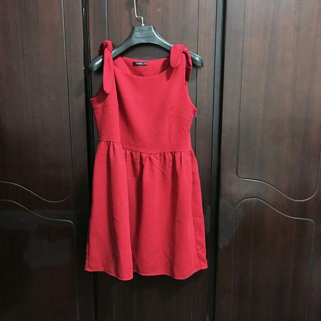 Pazzo 紅色洋裝 顯白