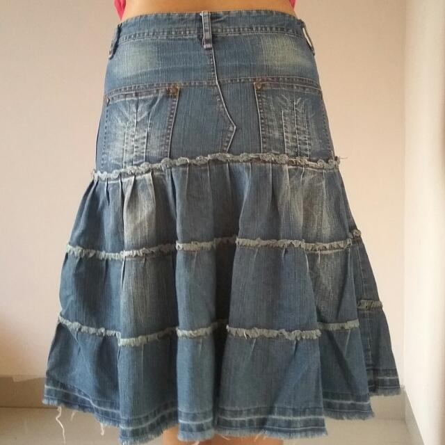 Rok Jeans Denim Flare Skirt Dark Blue Biru