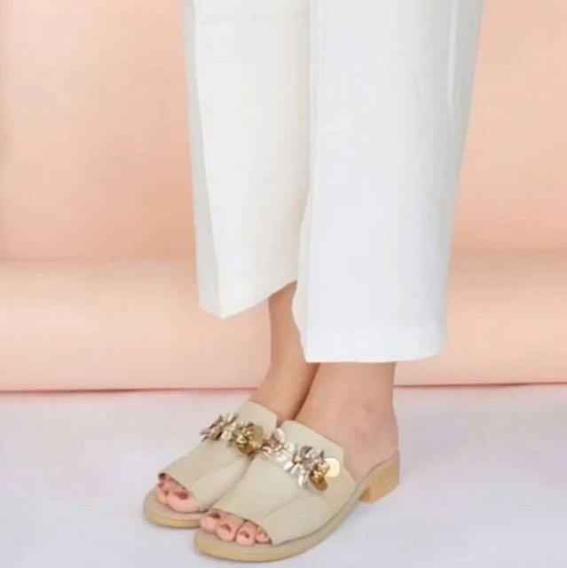 Sandal PVRA Type : LAVVA Heels Light Grey/Tan