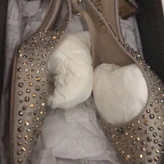Sepatu Rodo