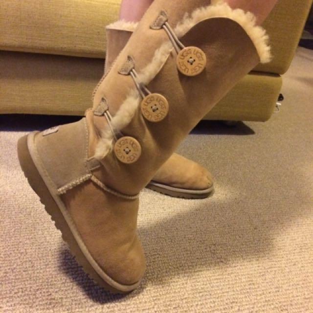 UGG Australia Boots Size 6