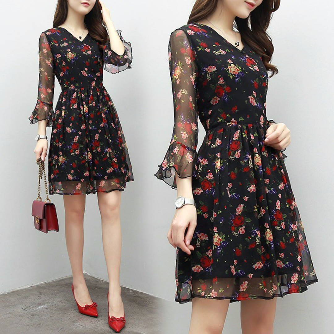 d05ab1ca4200 V-Neck Floral Chiffon Flare Dress, Women's Fashion, Clothes, Dresses on  Carousell