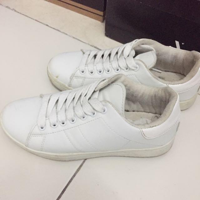 White Shoes Rubi Size 35