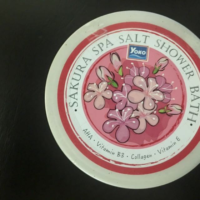 Yoko Sakura Spa Salt Shower Bath
