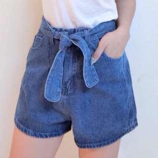 三分牛仔短褲(S號)