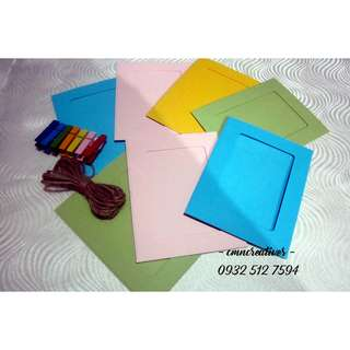 Hanging Photo Frames (small, multicolored)