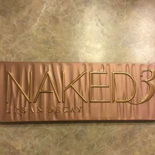 eyeshadow palette / NAKED 3 URBAN DECAY