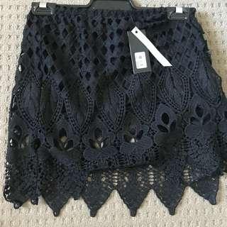 Glassons Size 6 Skirt
