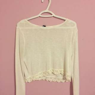 WHITE LONG-SLEEVED TOP WITH LACE