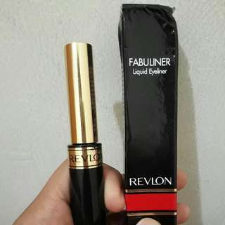 Liquid Eyeliner Revlon