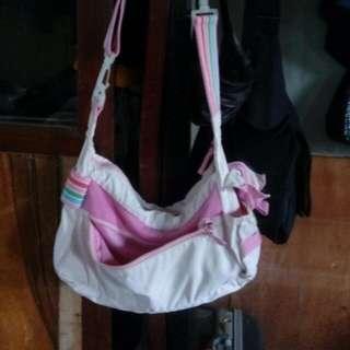 bossini sling bag