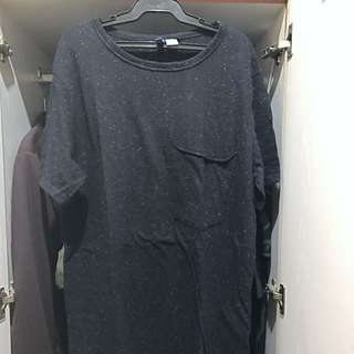 HnM Elongated Scallop Pocket Tee