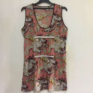 Long Sleeveless Top