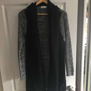 Mika And Gala Chunky Long Knit Cardigan 10