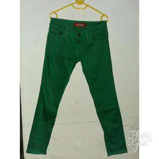 Celana CO2 Warna Ijo