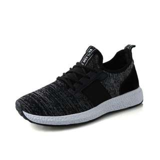 Sassy Cool Color Merged Pattern Breathable Fly Knit Designs Comfy Light Men's Running Shoes