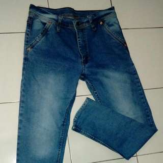 Celana Jeans Pria Size 35