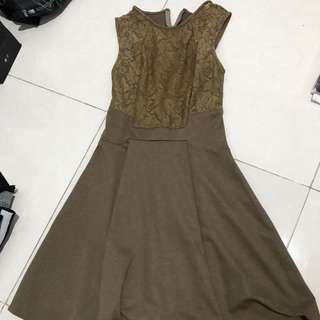 LACE BROWN DRESS