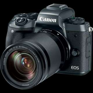 EOS M5 with 18-150 Lenses (Canon)