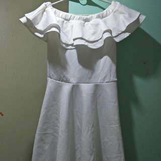 (NEW PRICE) Off Shoulder Dress(white)0