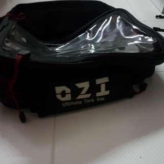 O.Z.I tank bag