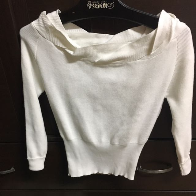 氣質白上衣(全新)