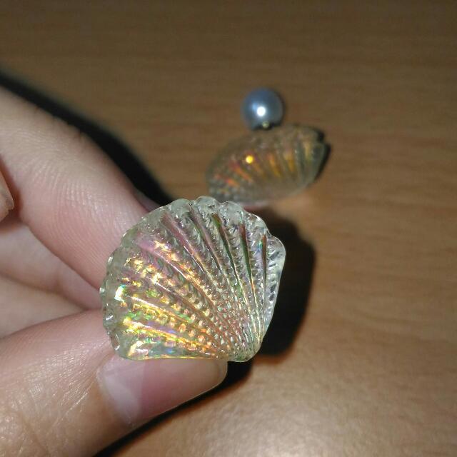 透明折射彩虹光珍珠耳環