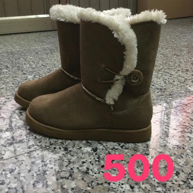全新棕色雪靴 靴子 完全沒有穿過! 27.28號腳的都可以穿