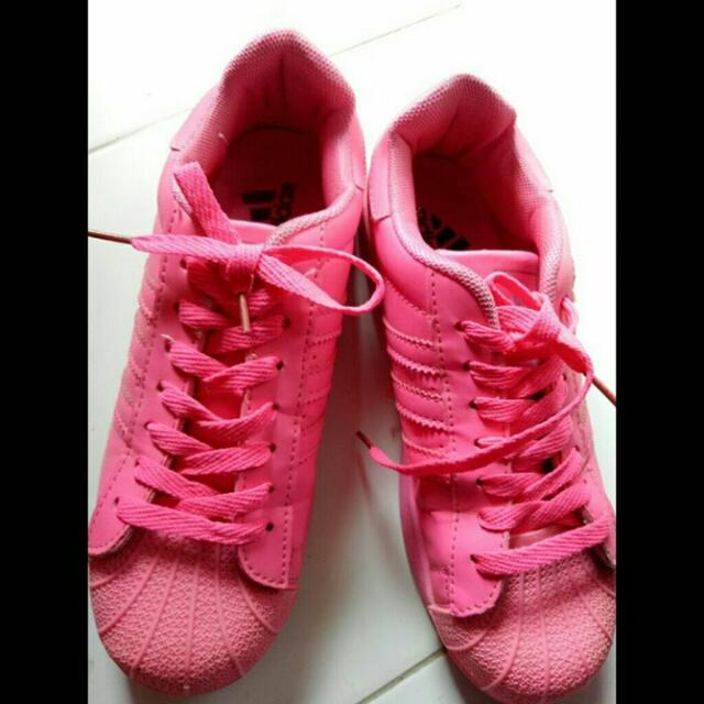 Adidas Full Colour