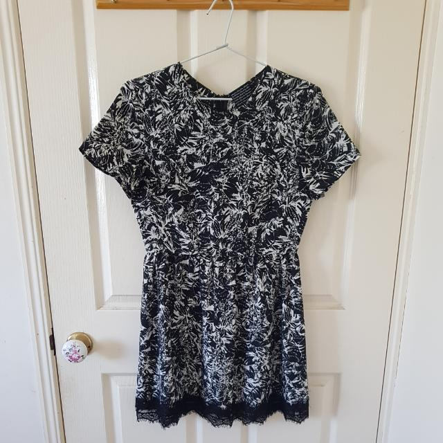 Alice In The Eve Printed Dress Size 6/XS