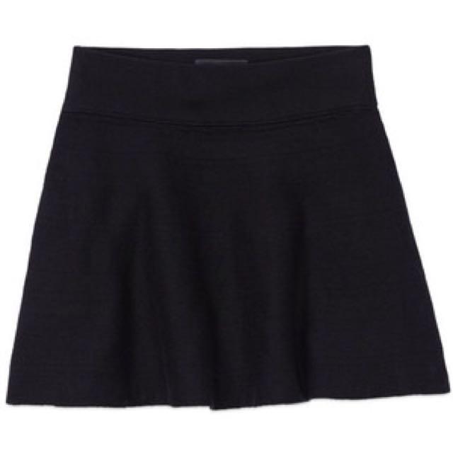 "Aritzia ""Vanderbilt"" Skirt"