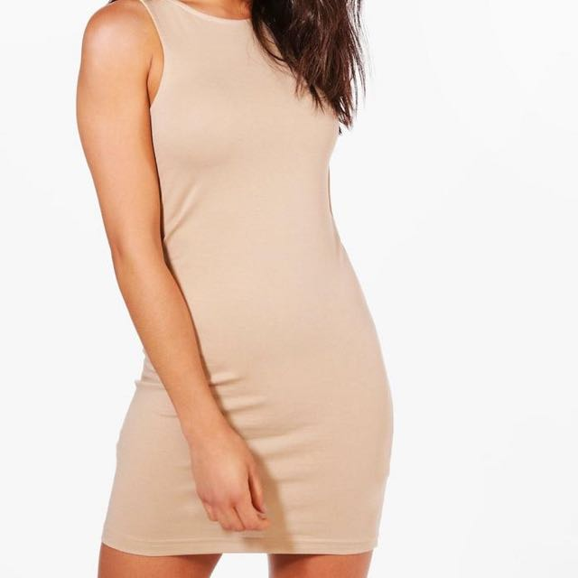 Boohoo Body Con Dress Size 8 BRAND NEW WITH TAGS