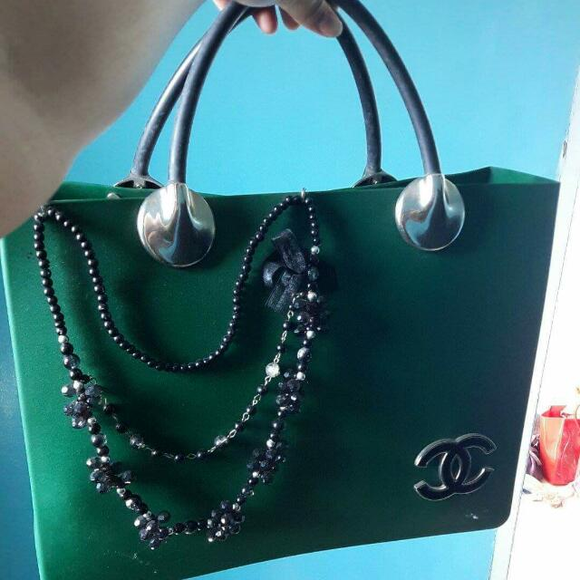 Chanel Jelly Box Kalung
