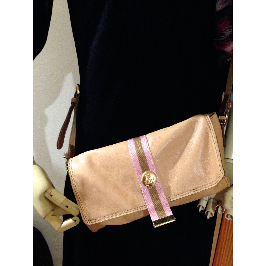 CHAT CHAT Light Tan Brown Genuine Soft Leather shoulder bag