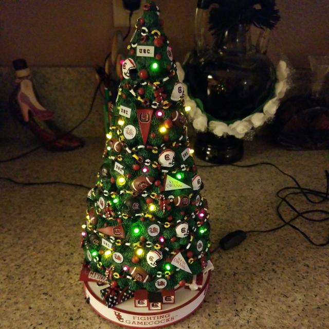 COLLEGE FOOTBALL CHRIATMAS TREE  GLASS