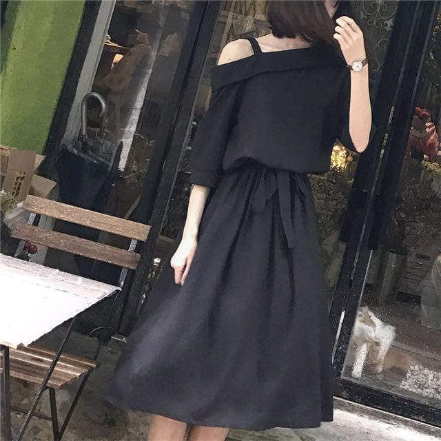 Glen Glam - Asymmetrical Elbow-Sleeve A-Line Dress
