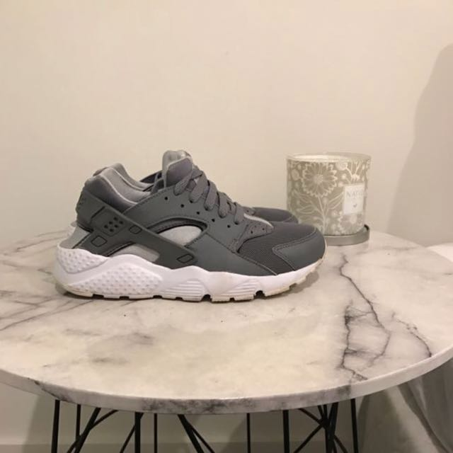 Grey Nike Huaraches