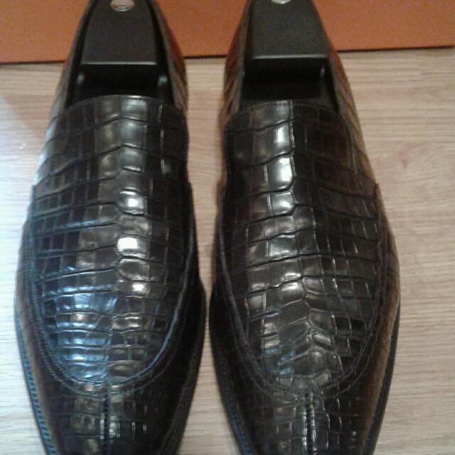78e100ca52f HERMES men s loafer moccasin shoes CROCODILE Leather Dark Brown SIZE ...
