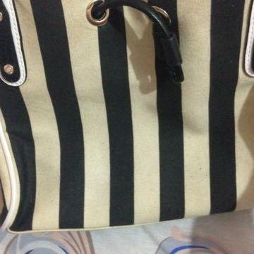 hush puppies bags stripe black & white