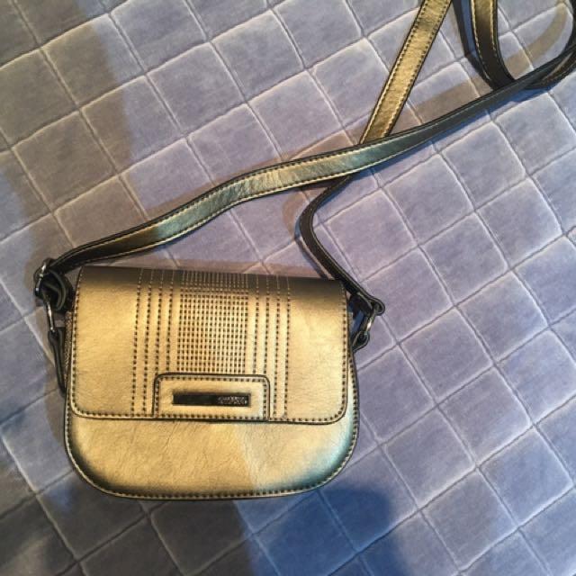 Kenneth Cole Cross body Bag