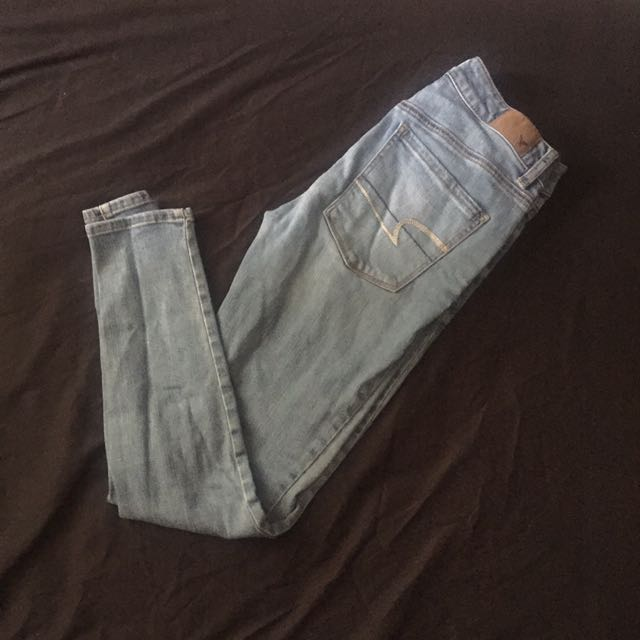 Light Wash Denim American Eagle Mid Rise Jeans
