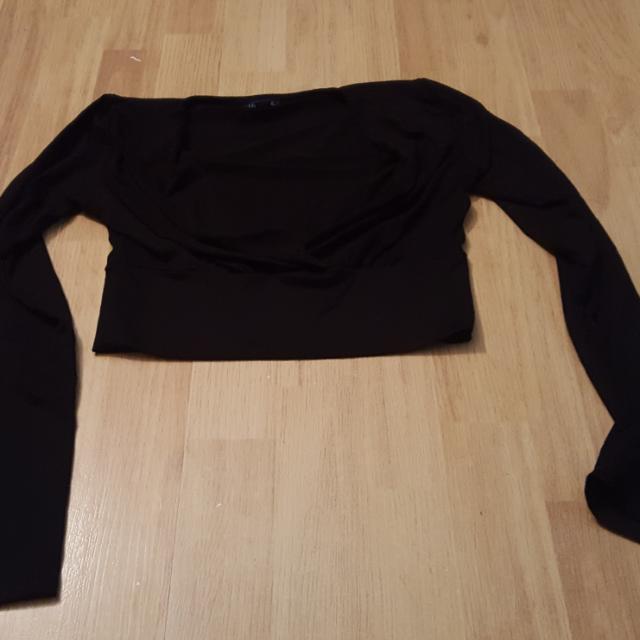 Long Sleeved Crop Top